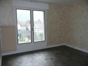 003045E0CUX5 - Appartement à louer CHENNEVIERES SUR MARNE