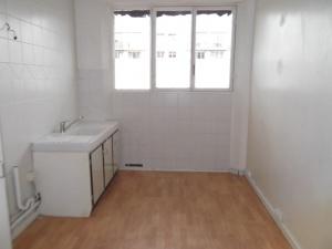 003045E0USRQ - Appartement à louer SAINT MAUR DES FOSSES